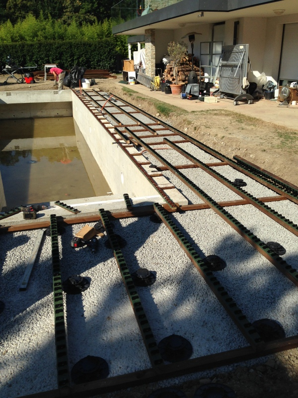 construction-piscine-beton4